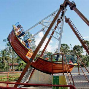 Atracción Barco del Café en el Parque del Café